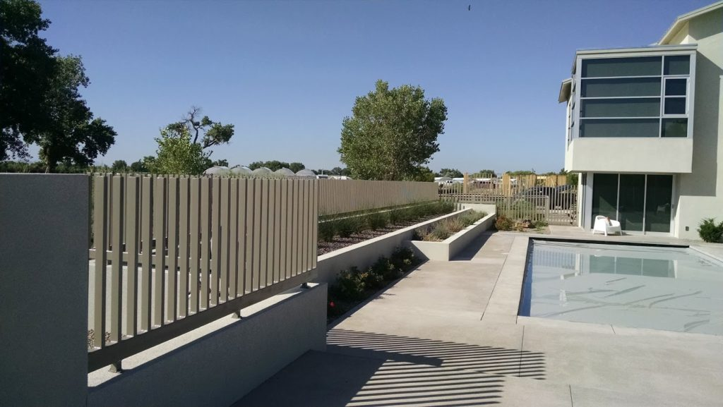 Custom Modern Metal Fencing | Contemporary Living | Swimming Pool